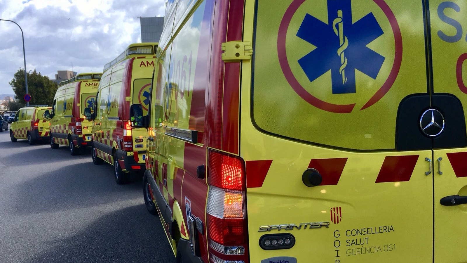 Ambulancias para sant Josep (1)