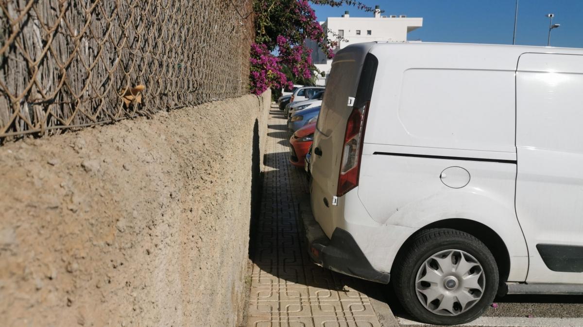 Ni aparcar ni pasear en Sant Jordi